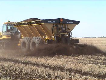 Manure Spreader Grain Cart Combo Working